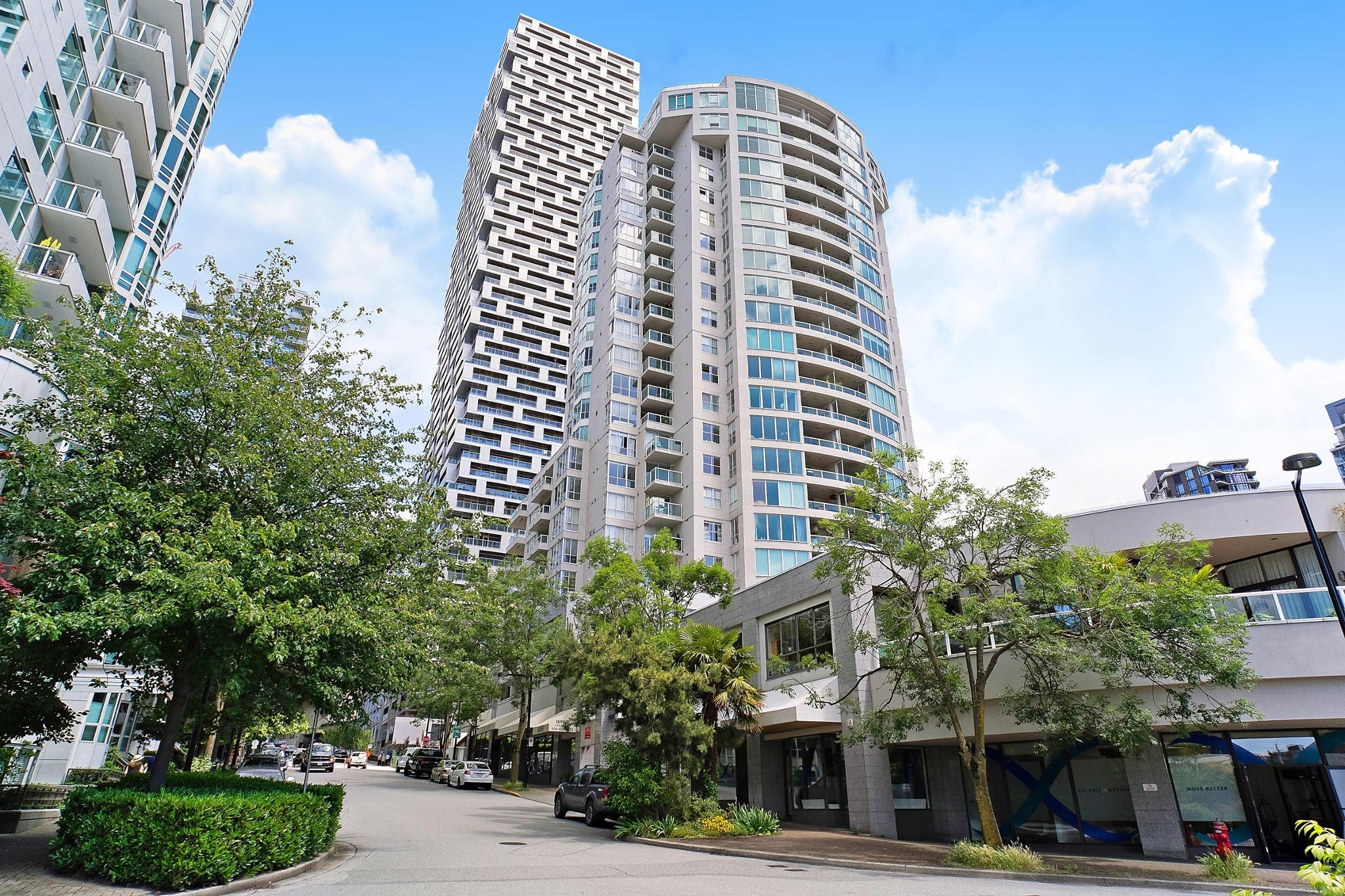 FEATURED LISTING: 407 - 1500 HOWE Street Vancouver