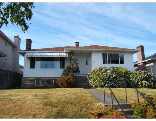 "Main Photo: 721 W 63RD Avenue in Vancouver: Marpole House for sale in ""MARPOLE"" (Vancouver West)  : MLS® # V774676"