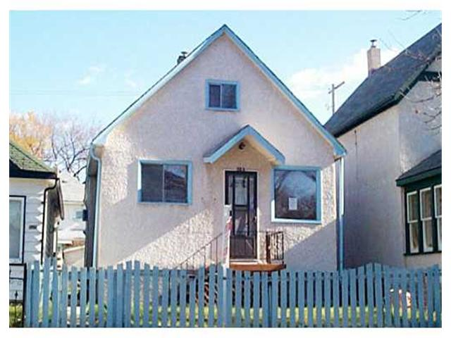 Photo 1: 523 TORONTO Street in WINNIPEG: West End / Wolseley Residential for sale (West Winnipeg)  : MLS(r) # 2115063