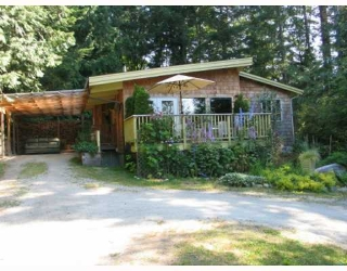Main Photo: 6054 CORACLE Drive in Sechelt: Sechelt District House for sale (Sunshine Coast)  : MLS® # V777242
