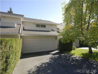 Main Photo: 32 1287 Verdier Avenue in BRENTWOOD BAY: CS Brentwood Bay Townhouse for sale (Central Saanich)  : MLS(r) # 284342