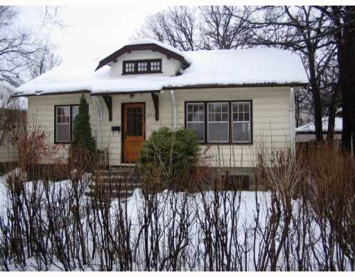 Main Photo:  in WINNIPEG: River Heights / Tuxedo / Linden Woods Residential for sale (South Winnipeg)  : MLS® # 2901837