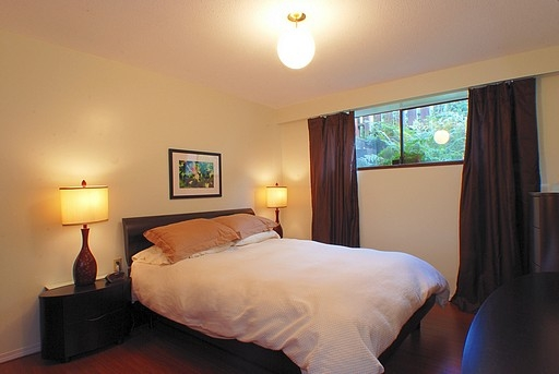 "Photo 14: 9140 WILBERFORCE Street in Burnaby: The Crest House for sale in ""THE CREST"" (Burnaby East)  : MLS(r) # V790163"