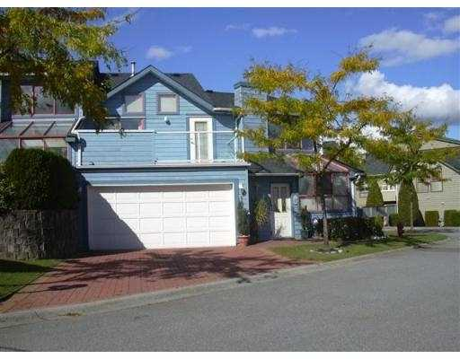 "Main Photo: 10 323 GOVERNORS CT in New Westminster: Fraserview NW Townhouse for sale in ""FRASERVIEW"" : MLS® # V561174"