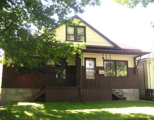 Main Photo: 526 SIMCOE Street in WINNIPEG: West End / Wolseley Residential for sale (West Winnipeg)  : MLS® # 2816151