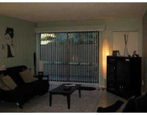 "Photo 2: 4373 HALIFAX Street in Burnaby: Central BN Condo for sale in ""BRENT GARDENS"" (Burnaby North)  : MLS(r) # V620147"