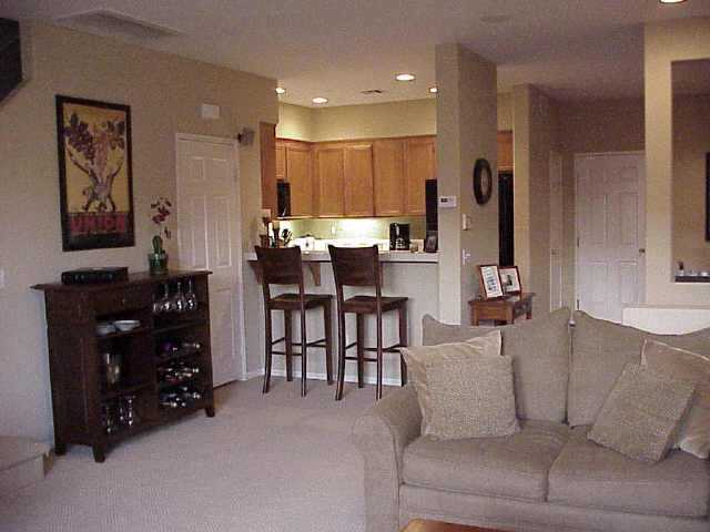 Photo 4: CHULA VISTA Residential for sale : 3 bedrooms : 1304 Pinnacle Peak Dr