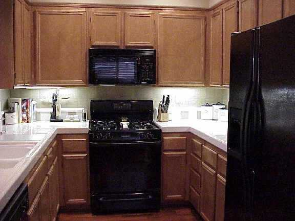 Photo 6: CHULA VISTA Residential for sale : 3 bedrooms : 1304 Pinnacle Peak Dr
