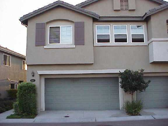 Photo 2: CHULA VISTA Residential for sale : 3 bedrooms : 1304 Pinnacle Peak Dr