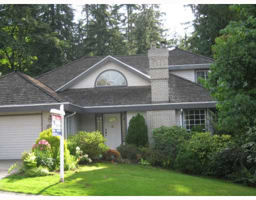 Main Photo: 18 TIMBERCREST Drive in Port Moody: Heritage Mountain House for sale : MLS®# V785637