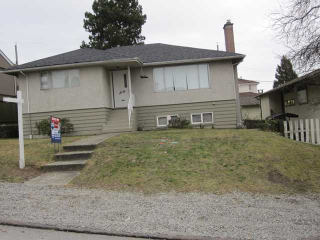 Main Photo: 60 N RANELAGH Avenue in Burnaby: Capitol Hill BN House for sale (Burnaby North)  : MLS(r) # V862630