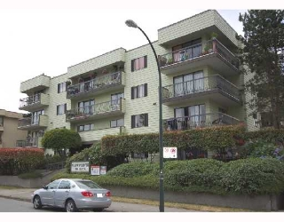 "Main Photo: 304 334 E 5TH Avenue in Vancouver: Mount Pleasant VE Condo for sale in ""VIEWPOINTE"" (Vancouver East)  : MLS® # V723329"