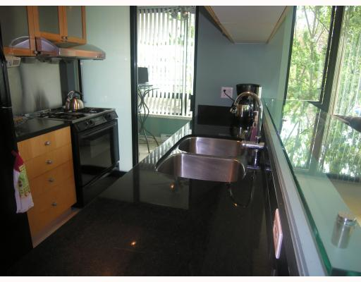 Photo 3: 304 1003 BURNABY Street in Vancouver: West End VW Condo for sale (Vancouver West)  : MLS® # V786418