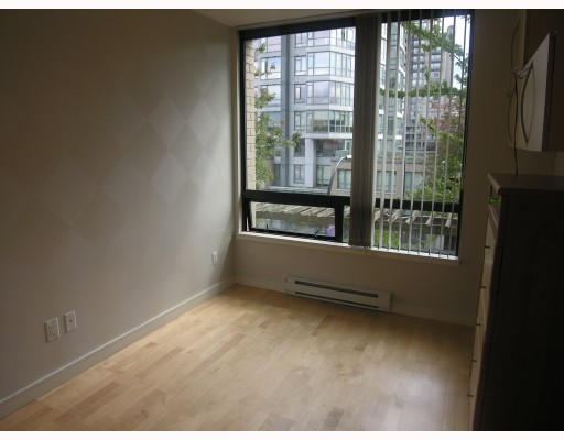 Photo 4: 304 1003 BURNABY Street in Vancouver: West End VW Condo for sale (Vancouver West)  : MLS® # V786418