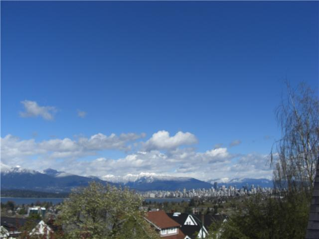 Main Photo: 3970 W 11TH Avenue in Vancouver: Point Grey House for sale (Vancouver West)  : MLS®# V805413