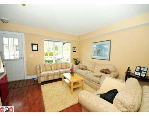 "Photo 3: 5 20176 68TH Avenue in Langley: Willoughby Heights Townhouse  in ""STEEPLECHASE"" : MLS(r) # F1002334"