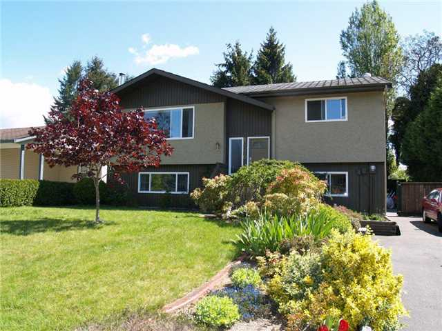 Main Photo: 12070 212TH Street in Maple Ridge: Northwest Maple Ridge House for sale : MLS(r) # V829869