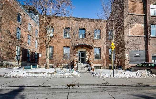 FEATURED LISTING: 206 - 347 Sorauren Avenue Toronto