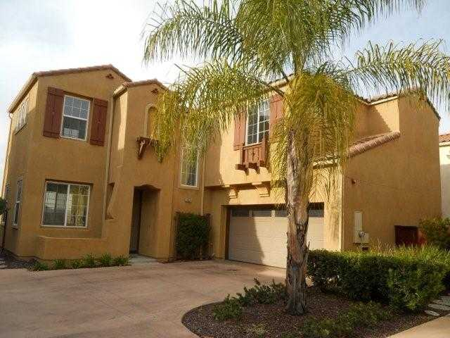 Main Photo: SAN MARCOS House for sale : 4 bedrooms : 962 Mira Lago