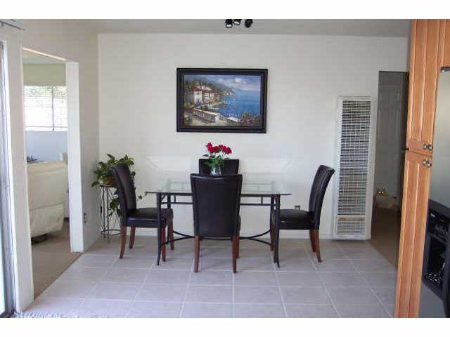 Photo 5: MIRA MESA House for sale : 3 bedrooms : 7646 Acaso Ct. in San Diego