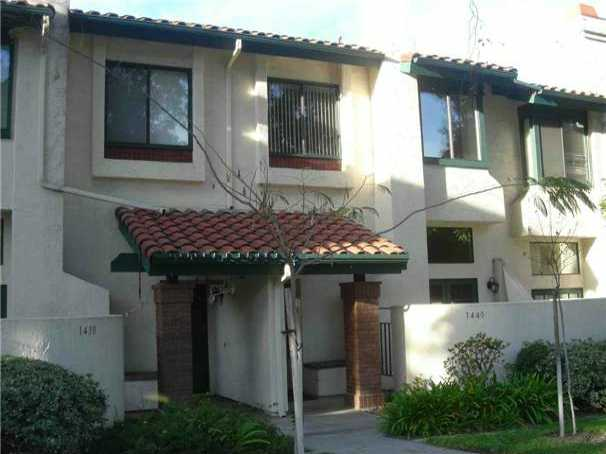 Main Photo: CHULA VISTA Condo for sale : 3 bedrooms : 1440 Summit Dr