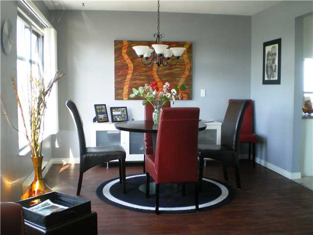 "Photo 4: # 1107 - 615 Belmont Street in New Westminster: Uptown NW Condo for sale in ""BELMONT TOWERS"" : MLS(r) # V830209"
