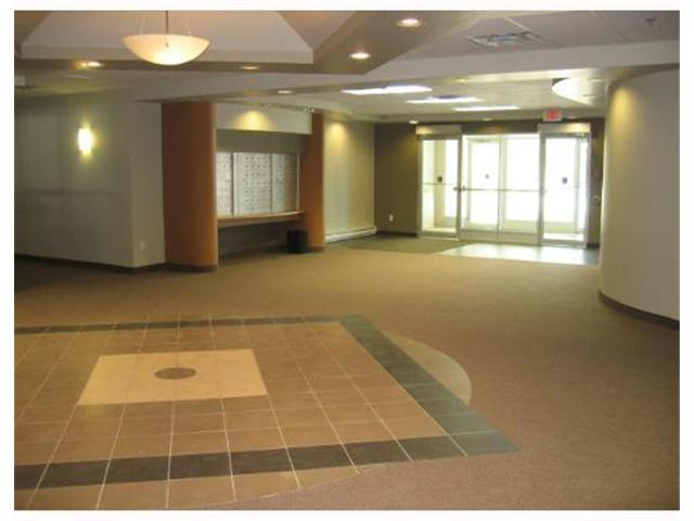 Photo 2: 500 tache Avenue in WINNIPEG: St Boniface Condominium for sale (South East Winnipeg)  : MLS® # 2708555