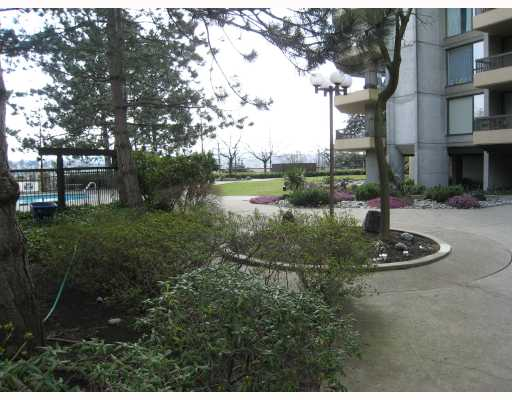 Photo 10: PH2 2041 BELLWOOD Avenue in Burnaby: Brentwood Park Condo for sale (Burnaby North)  : MLS® # V760252