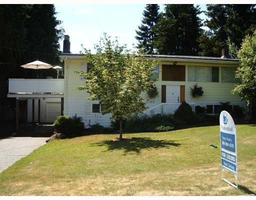 "Main Photo: 2185 FLORALYNN in North_Vancouver: Westlynn House for sale in ""WESTLYNN"" (North Vancouver)  : MLS®# V778393"