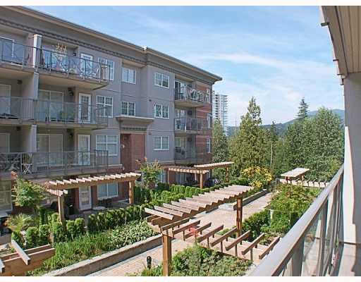 Main Photo: 205 3250 ST JOHNS Street in Port_Moody: Port Moody Centre Condo for sale (Port Moody)  : MLS® # V782636