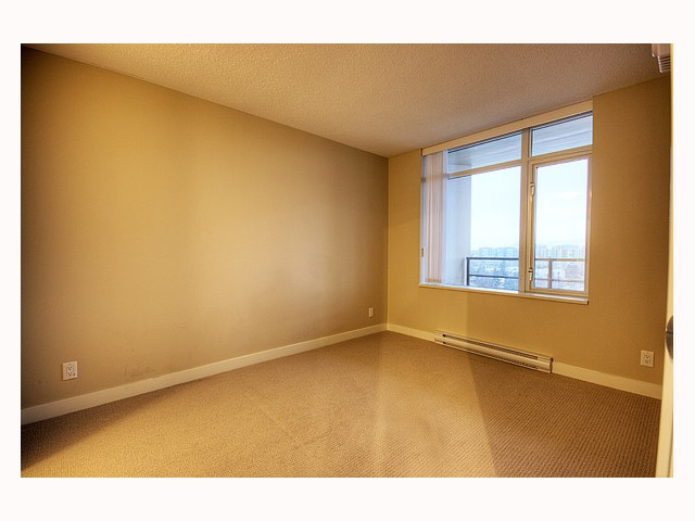 "Photo 8: 1202 9171 FERNDALE Road in Richmond: McLennan North Condo for sale in ""THE FULLERTON"" : MLS(r) # V809156"