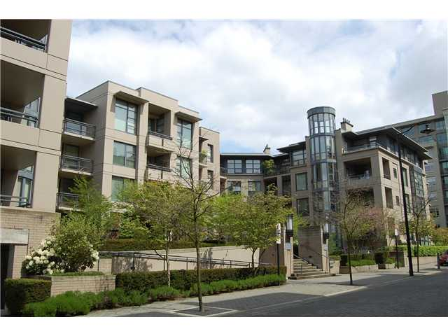 "Main Photo: 307 2263 REDBUD Lane in Vancouver: Kitsilano Condo for sale in ""TROPEZ"" (Vancouver West)  : MLS® # V824986"