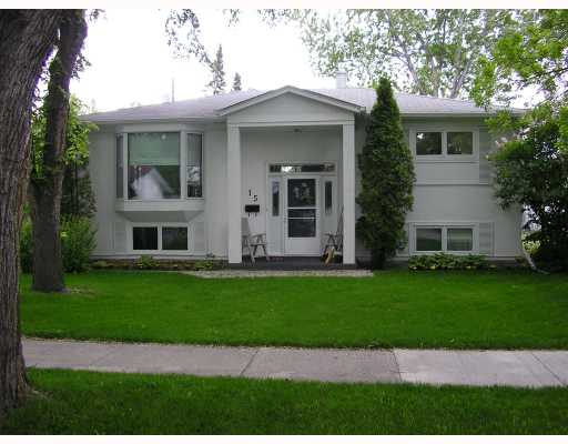 Main Photo: 15 HARVEST Lane in WINNIPEG: Westwood / Crestview Residential for sale (West Winnipeg)  : MLS®# 2810956