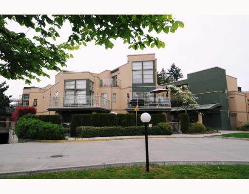 FEATURED LISTING: 108 22277 122ND Avenue Maple_Ridge