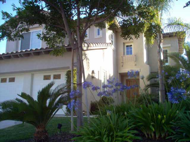 Main Photo: EAST ESCONDIDO House for sale : 3 bedrooms : 3135 Ferncreek Ln. in Escondido
