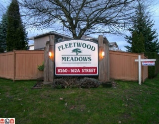 "Main Photo: 304 8260 162A Street in Surrey: Fleetwood Tynehead Townhouse for sale in ""FLEETWOOD MEADOWS"" : MLS® # F1003614"