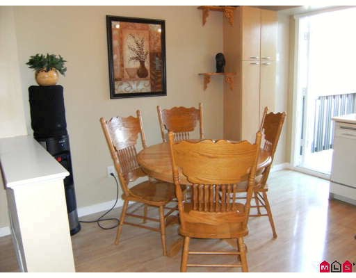 "Photo 4: 5 12778 66TH Avenue in Surrey: West Newton Townhouse for sale in ""HATHAWAY VILLAGE"" : MLS(r) # F2831686"