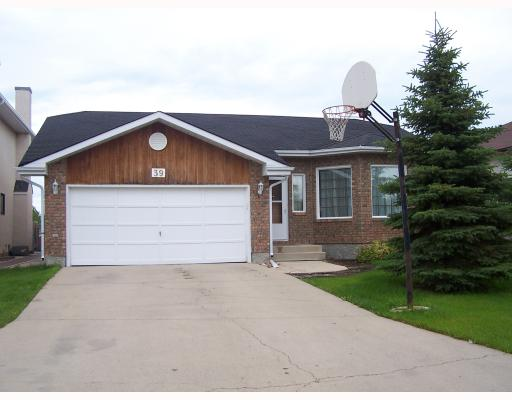 Main Photo: 39 KINGSCLEAR Drive in WINNIPEG: St Vital Residential for sale (South East Winnipeg)  : MLS(r) # 2913283
