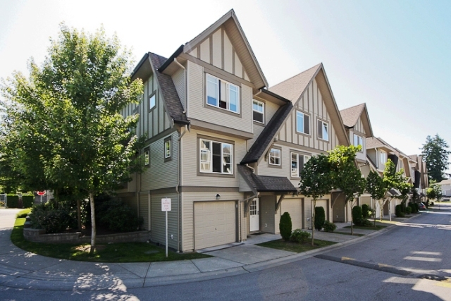 Main Photo: 29 15175 62A Avenue in Surrey: Sullivan Station Townhouse for sale : MLS® # F1019150