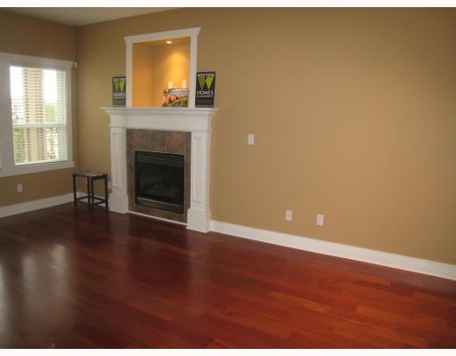 Photo 4: 7979 MCGREGOR Avenue in Burnaby: South Slope House 1/2 Duplex for sale (Burnaby South)  : MLS(r) # V754587