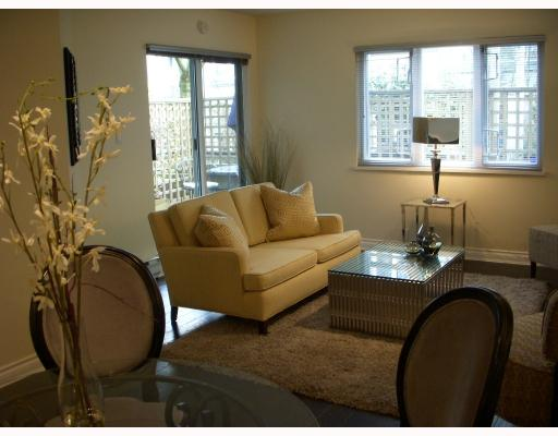 "Photo 2: 104 629 W 7TH Avenue in Vancouver: Fairview VW Condo for sale in ""THE COURTYARDS"" (Vancouver West)  : MLS(r) # V759073"