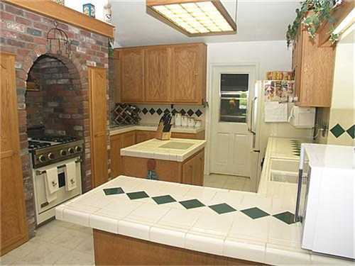 Photo 2: NORTH ESCONDIDO House for sale : 4 bedrooms : 1040 Hoover Street in Escondido