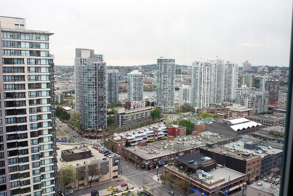 "Main Photo: 2706 939 HOMER Street in Vancouver: Downtown VW Condo for sale in ""PINNACLE"" (Vancouver West)  : MLS(r) # V823829"