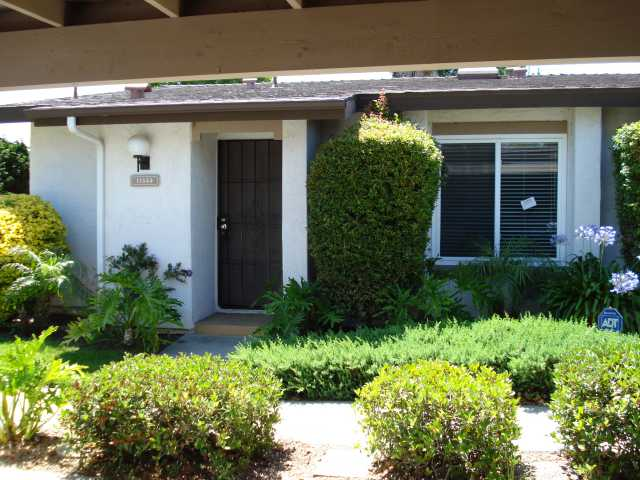 Main Photo: RANCHO BERNARDO Condo for sale : 2 bedrooms : 12533 Caminito De La Gallarda in San Diego