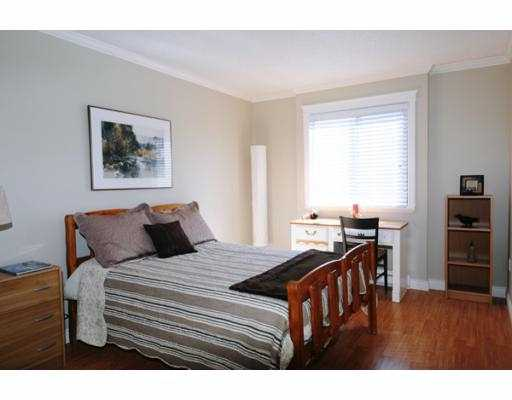 "Photo 8: 210 1202 LONDON Street in New_Westminster: West End NW Condo for sale in ""LONDON PLACE"" (New Westminster)  : MLS® # V733703"