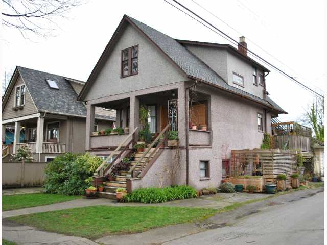 "Main Photo: 3522 WILLOW Street in Vancouver: Cambie House for sale in ""DOUGLAS PARK"" (Vancouver West)  : MLS® # V816412"