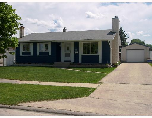 Main Photo: 39 ROLMOUNT Road in WINNIPEG: Maples / Tyndall Park Residential for sale (North West Winnipeg)  : MLS® # 2811911