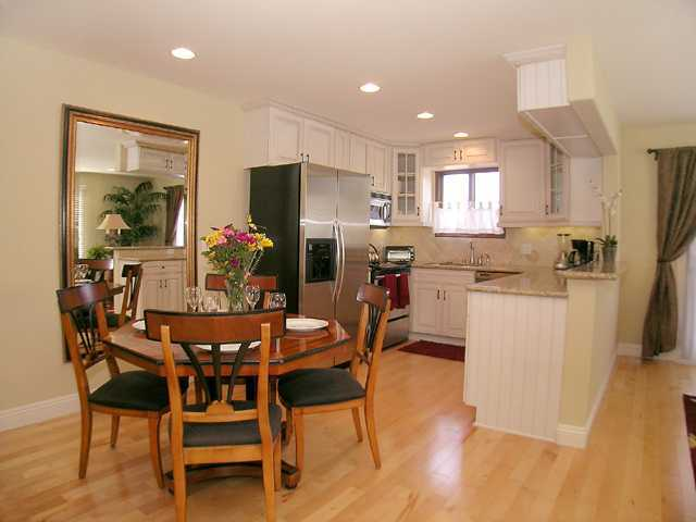 Photo 2: LA JOLLA Property for rent : 2 bedrooms : 410 Pearl St. #3C in La Jolla - Village