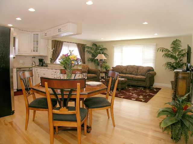 Photo 9: LA JOLLA Property for rent : 2 bedrooms : 410 Pearl St. #3C in La Jolla - Village
