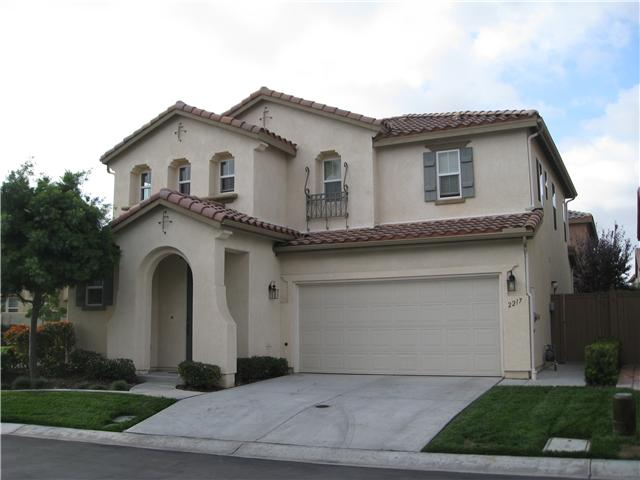 Main Photo: CHULA VISTA House for sale : 3 bedrooms : 2217 Caminito Abruzzo